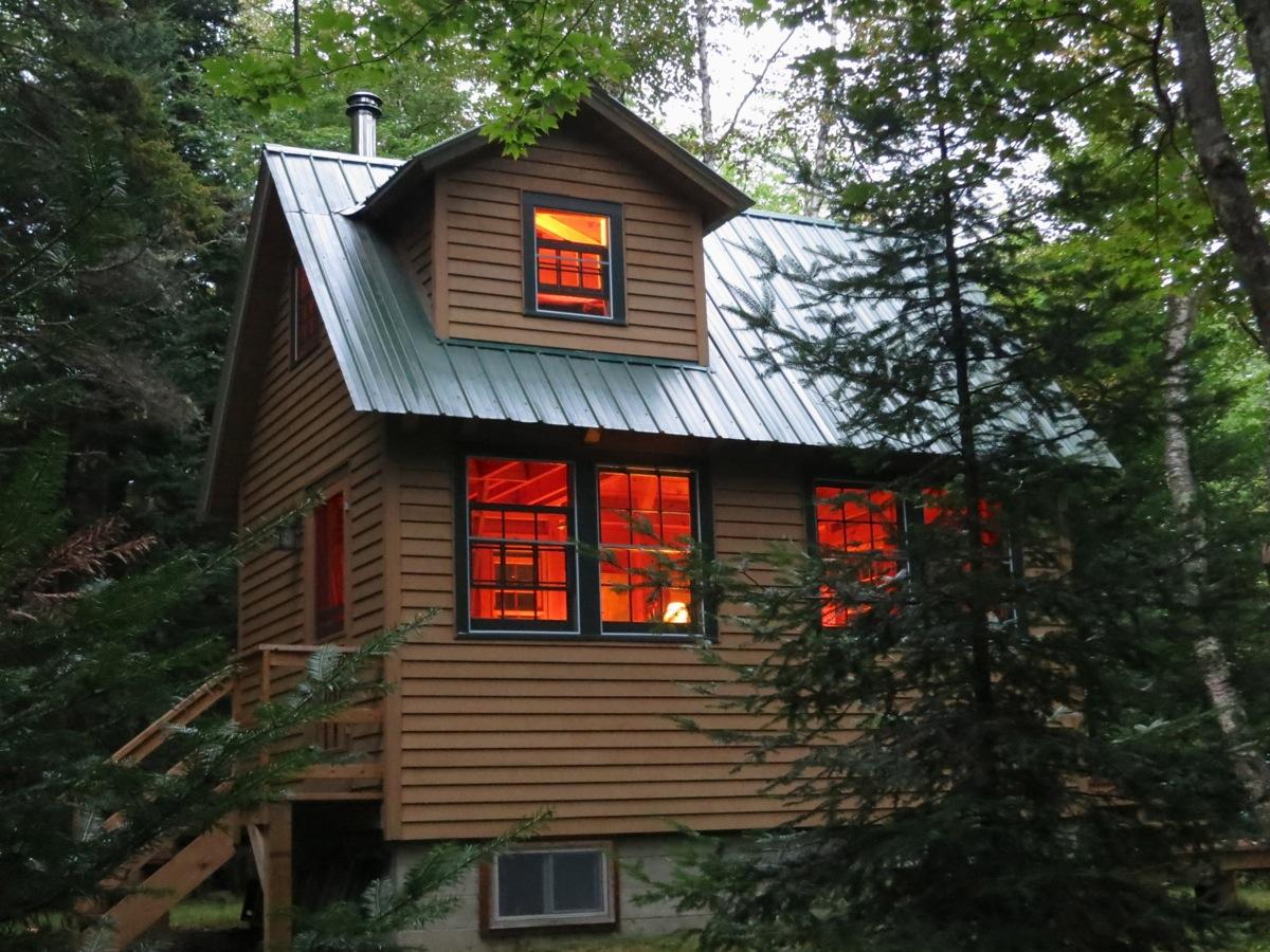 Summer-Cabin