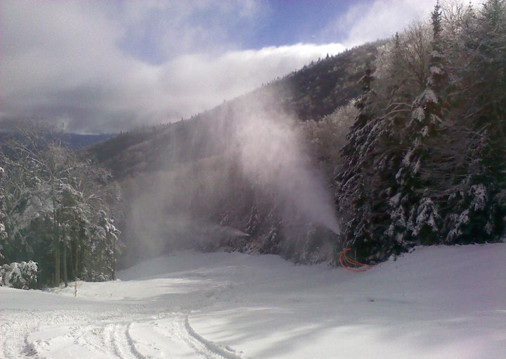 Snowmaking on Excelsior