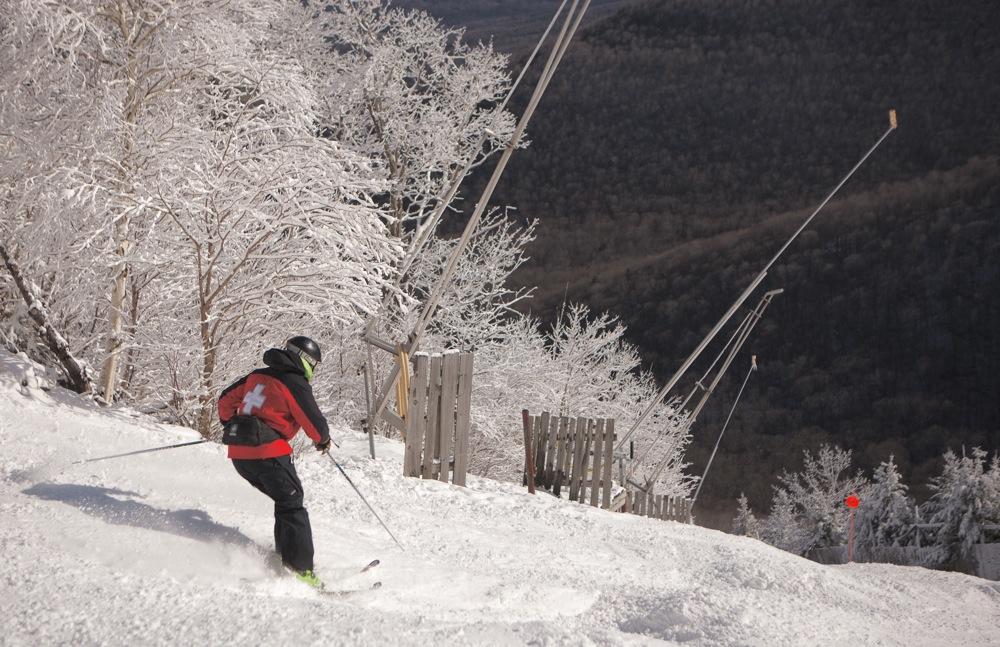 Hunter Ski Patrol on Minya