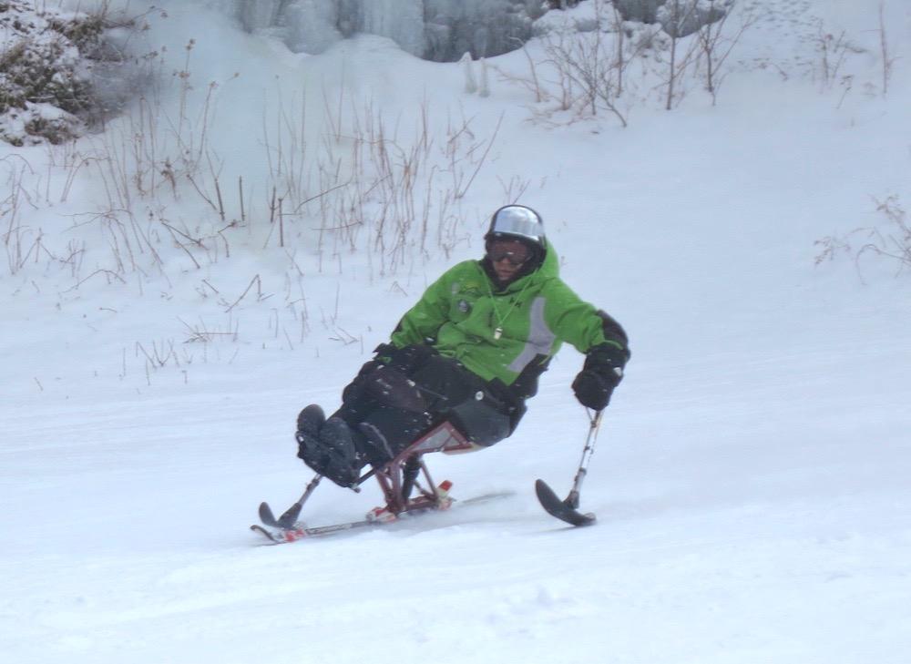 Tom the sit skier