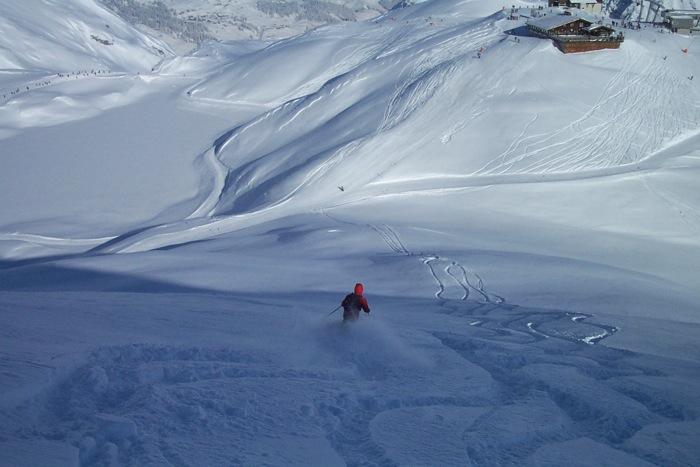 hasenfluh-skier