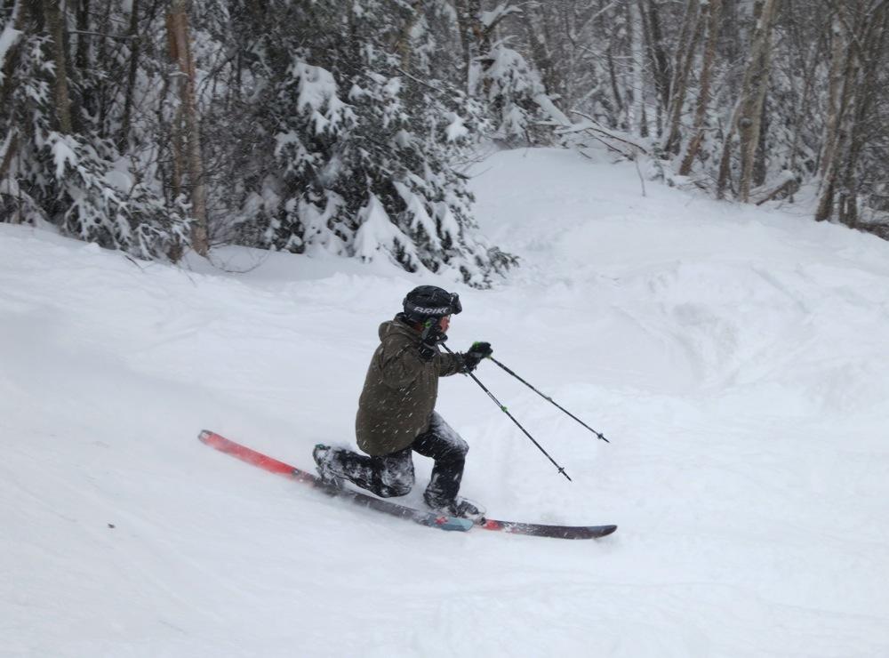 Telemark skier on Chatiemac