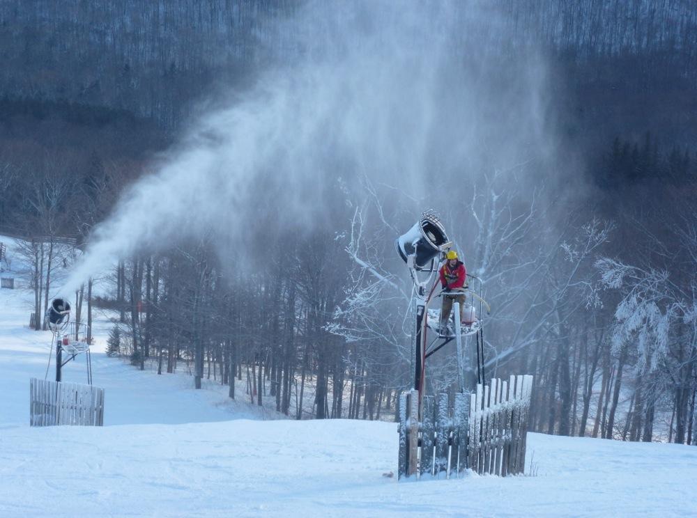 Hunter-Snowmaker