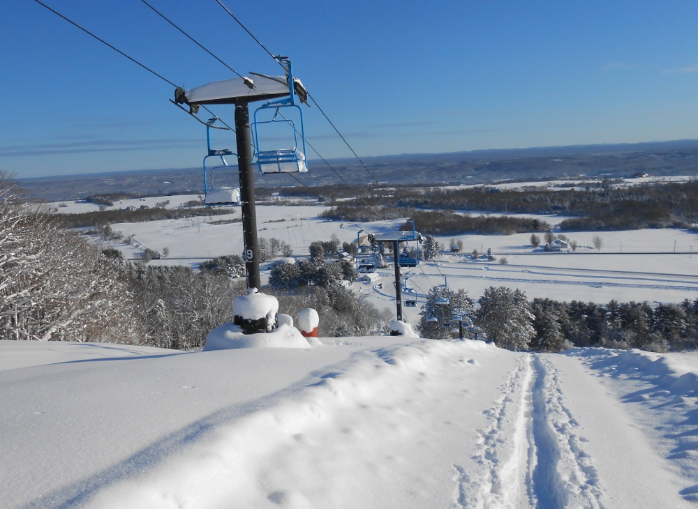 Snow Ridge opens on lake effect