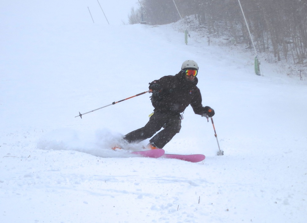 Skiing Plattekill North Face