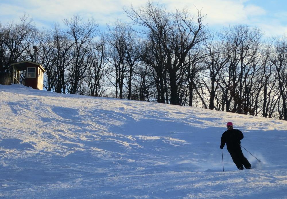 Tuxedo-Ridge-Skier