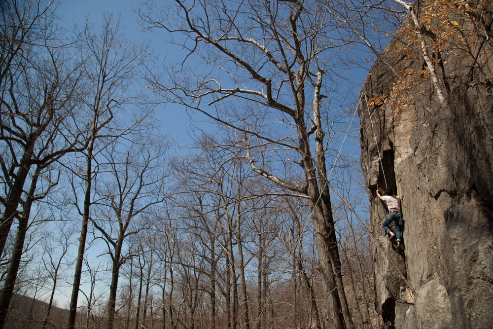 Powerlinez-Roped-Climber