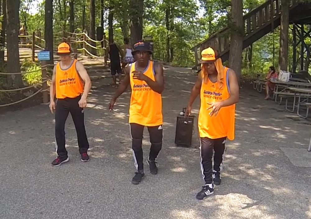 Action-Park-Crew