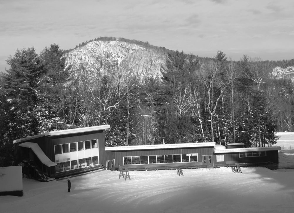 Hickory-Lodge-BW