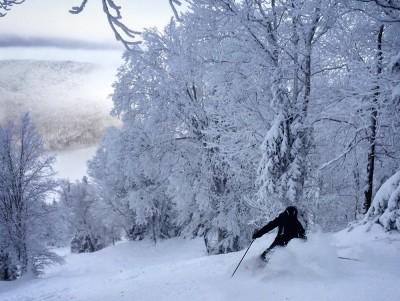 mont-sutton-skier