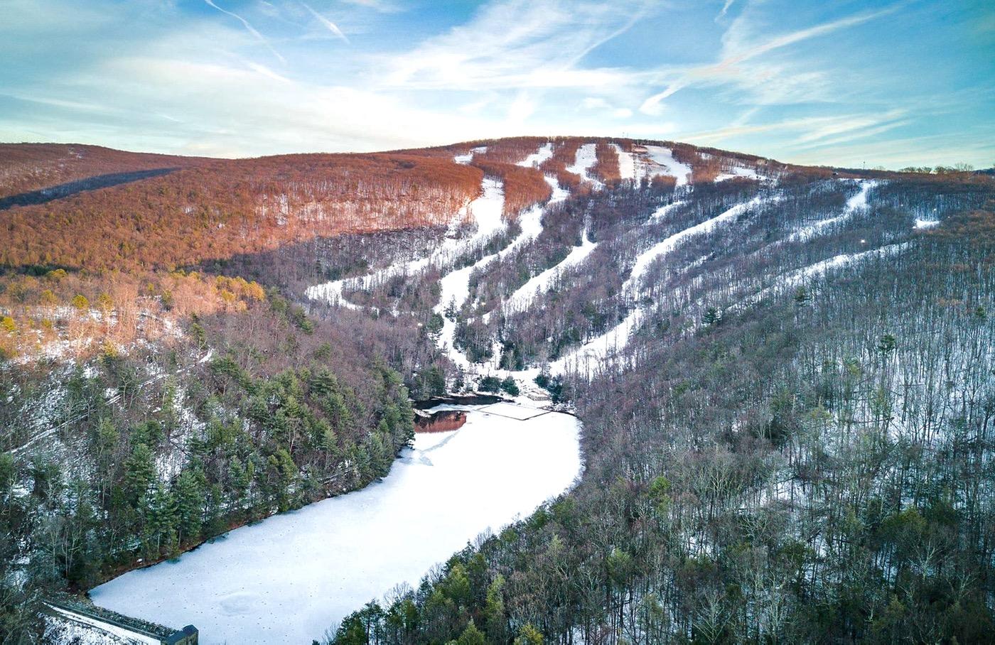 montage mountain aerial