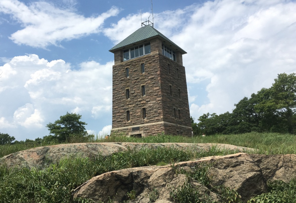 bear mountain summit tower