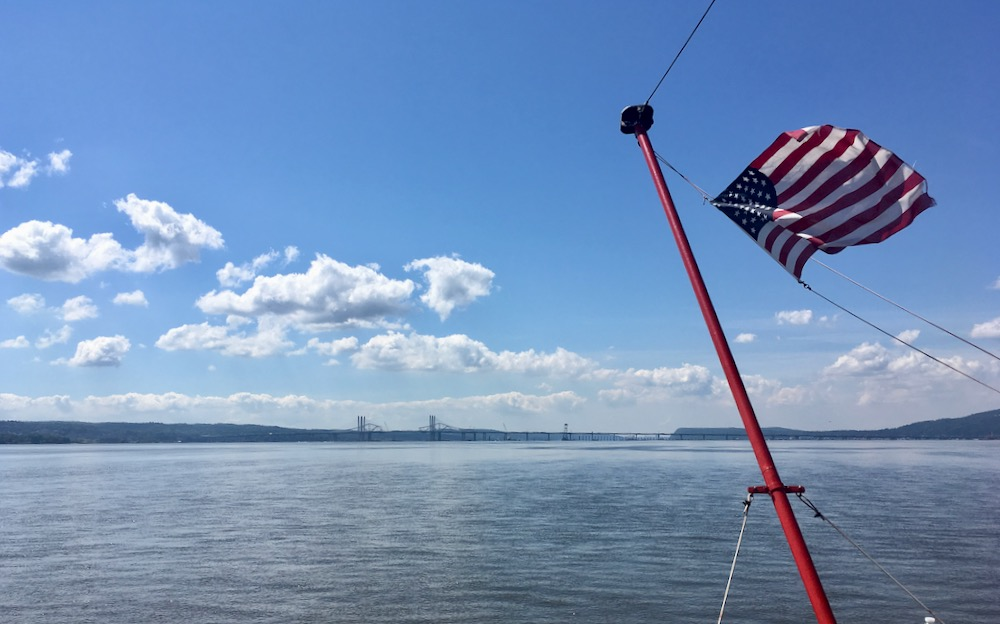 Tappan Zee Bridge boat tour