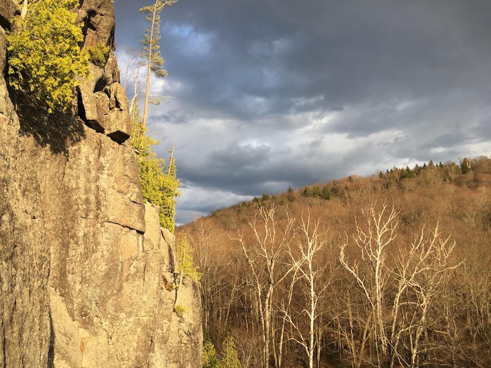 Val David cliff