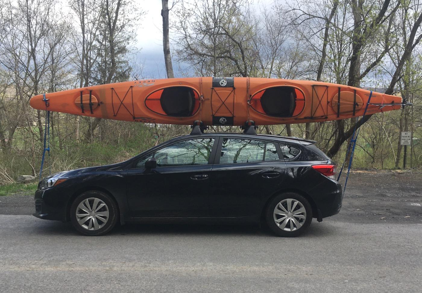picking up the kayak